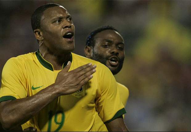 Brazilians Satisfied With Ecuador Point