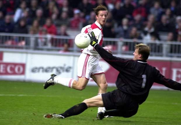 Cedric Van Der Gun: Ajax Bisa Kejutkan Borussia Dortmund