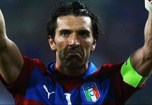 Prandelli applauds captain's performance from Buffon