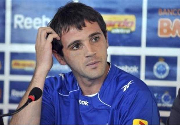 Santos sign Walter Montillo from Cruzeiro
