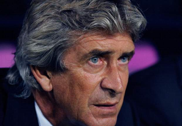 Pellegrini admits Manchester City is an 'option'