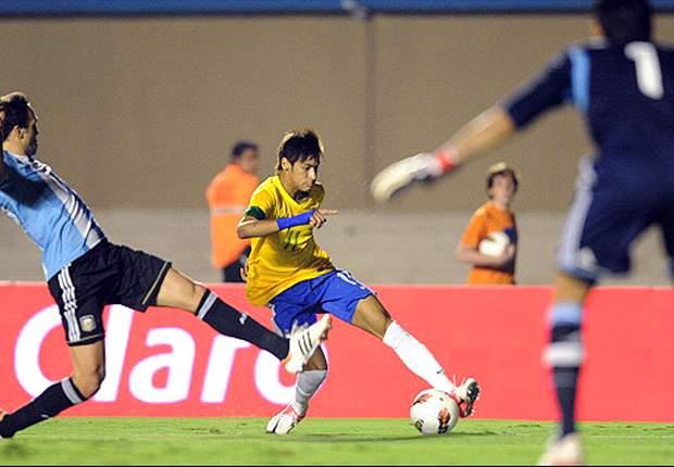 Neymar, Lucas e Luis Fabiano comentam comportamento da torcida em Goiânia