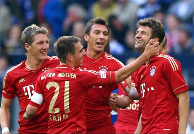 Bayern Munich 3-0 Wolfsburg: Mandzukic double and Schweinsteiger goal help Bayern maintain perfect start