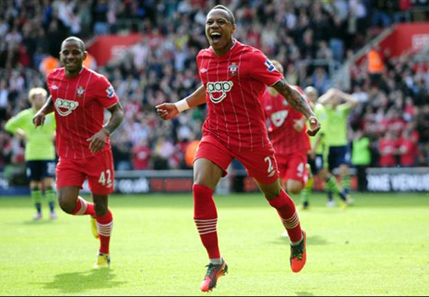 Southampton defender Clyne has no regrets over turning down Newcastle