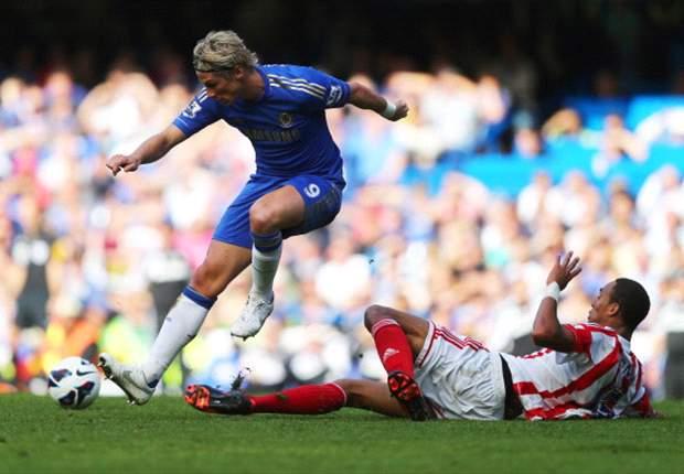 Chelsea 1 x 0 Stoke City: Ashley Cole marca no fim e garante liderança