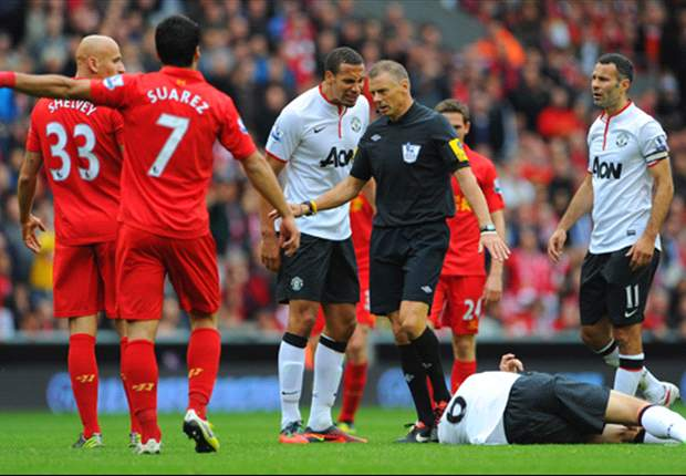 Referee Mark Halsey makes police complaint over Twitter abuse