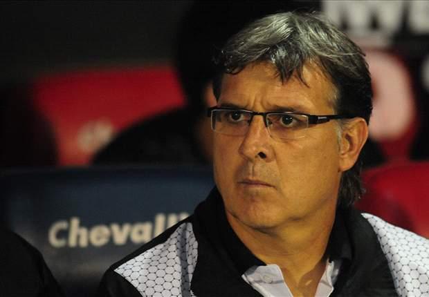 Newell's derrotó 2-1 a Colón y llegó a la cima del Torneo Inicial