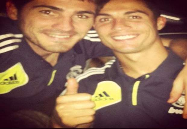 Casillas posts picture of himself & Ronaldo on Facebook amid fall-out claims