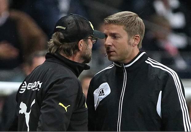 Schiedsrichter sollen bei meckernden Trainern durchgreifen