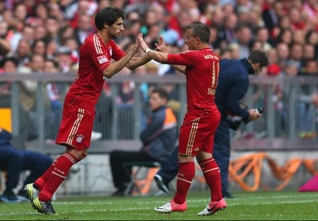Javi Martinez urges Bayern focus in treble quest