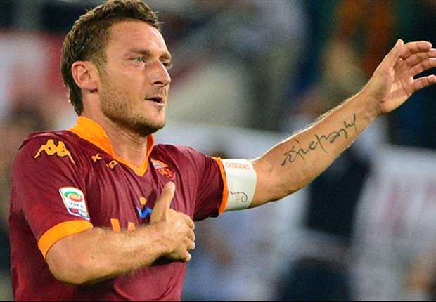 Roma legend Totti plays down retirement speculation