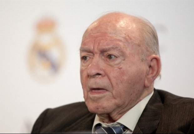 Real Madrid legend Di Stefano in hospital for routine procedure