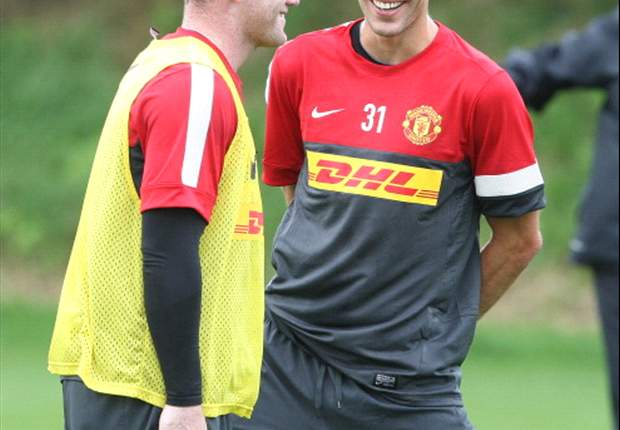 Poll of the Day: Who will score more this season - Van Persie or Rooney?