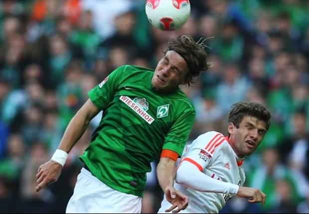 Werder Bremen: Clemens Fritz (links) blickt zuversichtlich in die Zukunft