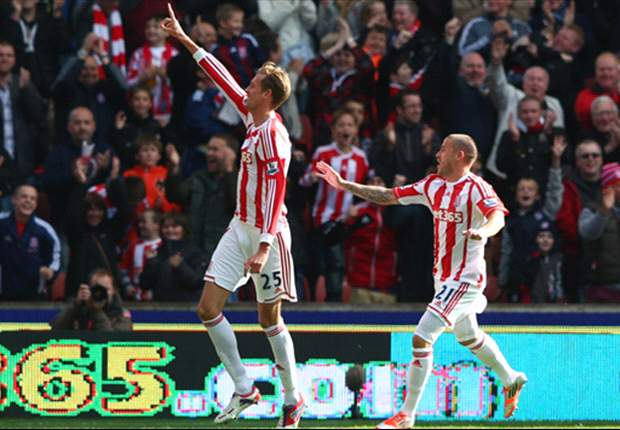 Crouch focused on Stoke amid England recall rumours