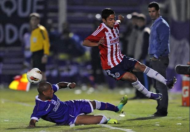 Chivas despide a Julio Nava y Michel Vázquez