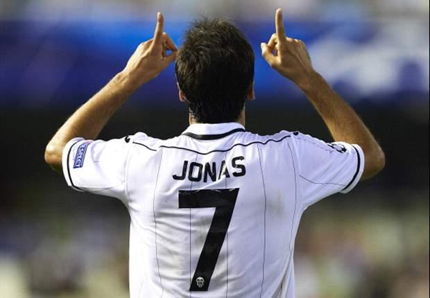 Com gol de Jonas, Valencia vira diante do Granada