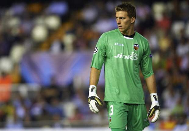 Arsenal buckle over Guaita price