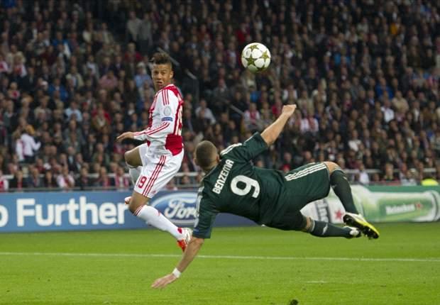 Ajax met hoofd op twee plekken tegelijk