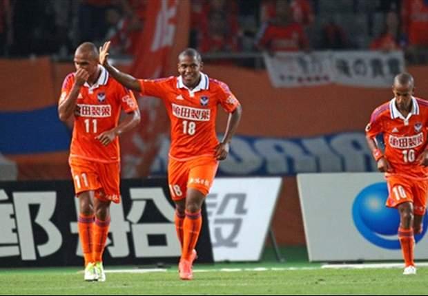 PREVIEW J-League: Duel Sengit Di Papan Atas & Bawah