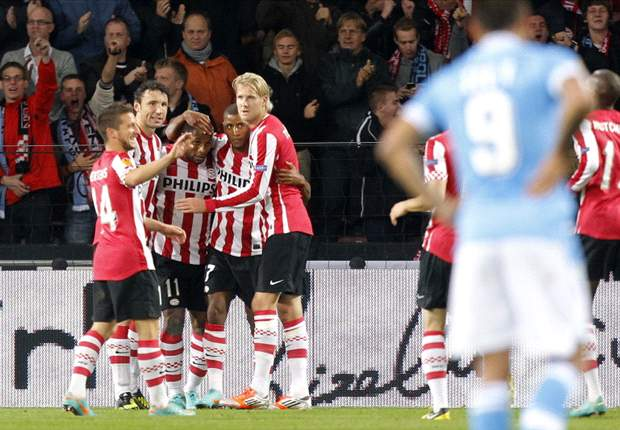 PSV-Napoli 3-0: Azzurri di riserva inesistenti, Van Bommel e soci li asfaltano
