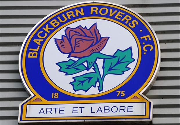 Blackburn fans pelt Venky's owners with snowballs - report