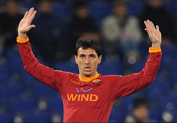 """Roma, Burdisso a caccia di risposte: """"Dobbiamo analizzare i nostri errori"""". Goicoechea prova a trovarne una per il goal di Candreva: """"La palla deviava troppo e mi ha ingannato..."""""""