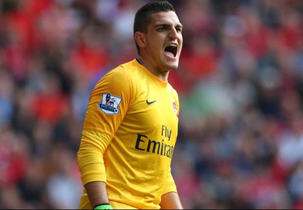 Arsenal keeper Mannone wants to join AC Milan in the future