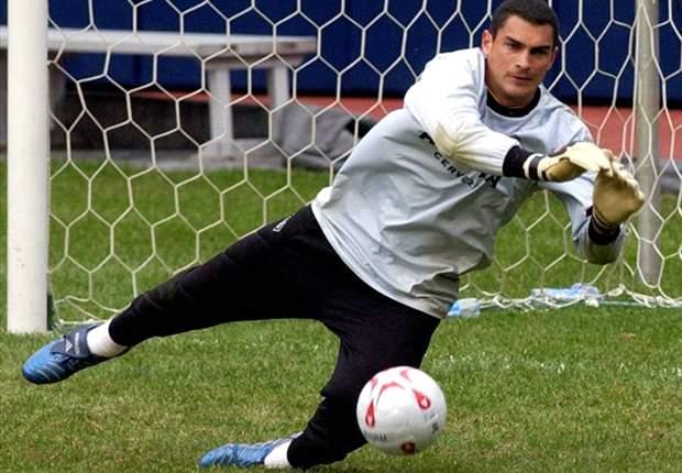 El colombiano Faryd Mondragón, 42 años, ataja en Deportivo Cali
