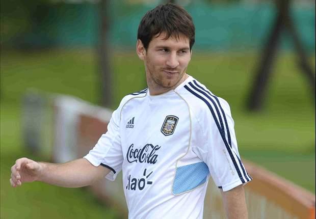 Sabella probó con un 4-3-3 sin Messi