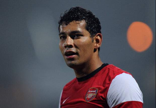 Santos thanks Arsenal fans for support and vows to improve form