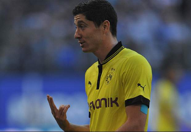 Lewandowski snubs Manchester United