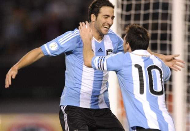 Higuain: It is a privilege to play with Messi