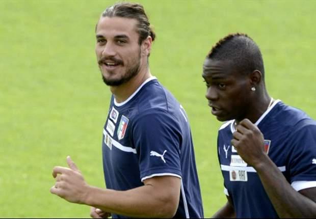 Verso Italia-Danimarca: Torna Balotelli in coppia con Osvaldo, Buffon va ko e lascia il posto a De Sanctis