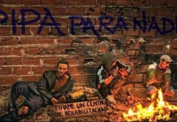 Gonzalo Higuaín se mimetiza con adictos al paco, por una buena causa