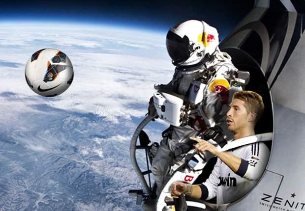 Félix Baumgartner y Sergio Ramos encontraron un balón en la estratosfera