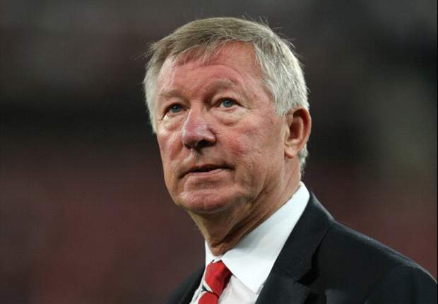 Sir Alex Ferguson sets Manchester United 100 goal target