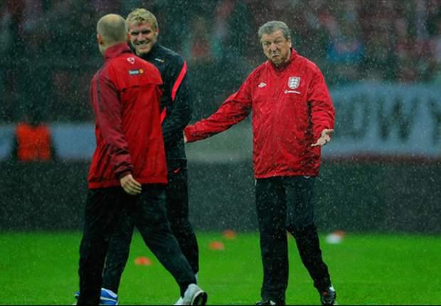 Inglaterra y Polonia jugarán con techo retráctil por precaución