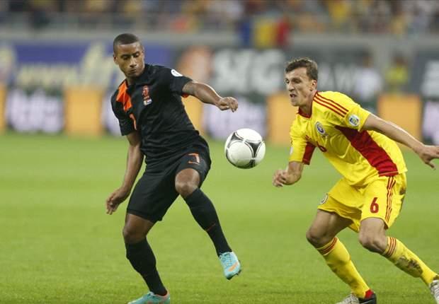 Hollanda kayıpsız gidiyor: 1-4