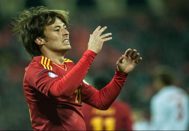 Injured Silva forced off for Spain against France