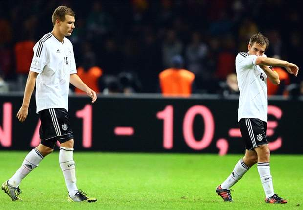 Oliver Bierhoff: Semua Pemain Jerman Depresi