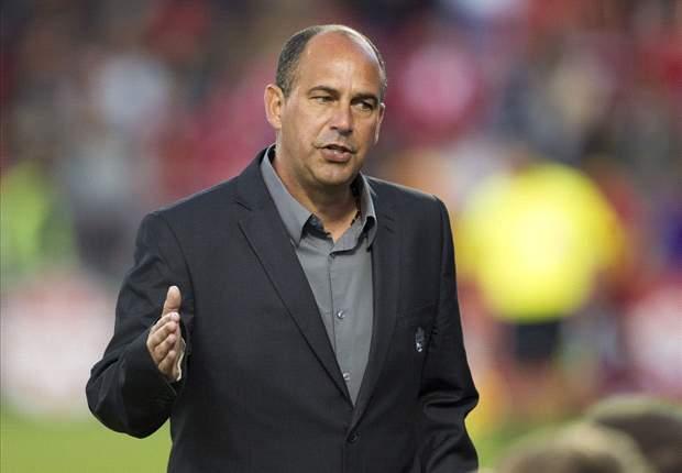 Stephen Hart resigns as Canada's head coach