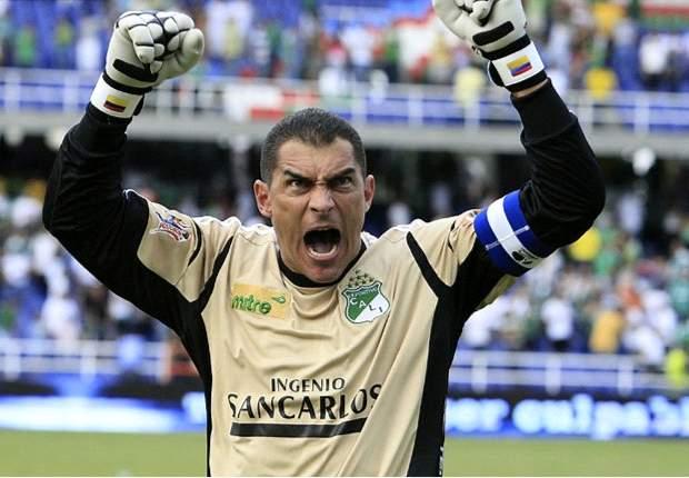 Faryd Mondragón hará lo posible para estar en el Mundial Brasil 2014