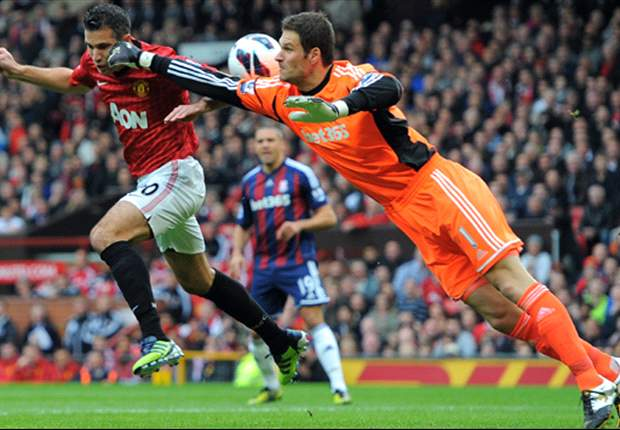 Begovic happy at Stoke City despite reported interest from Manchester United and Liverpool