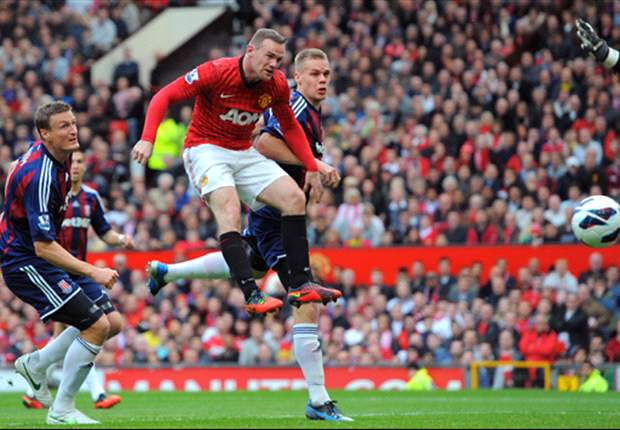 Manchester United striker Rooney scores 200th club goal