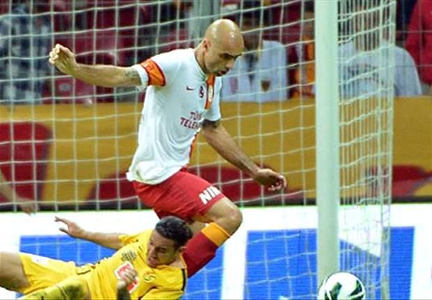 Wegen Galatasaray en Cris scheiden