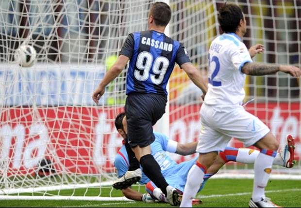 Inter 2-0 Catania: Cassano and Palacio maintain Nerazzurri's winning league run