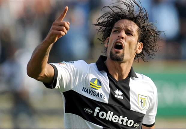 """Amauri fa gola a diverse squadre ma per il suo procuratore la permanenza al Parma non è in bilico: """"Si trova bene ed il club non vuole cederlo"""""""
