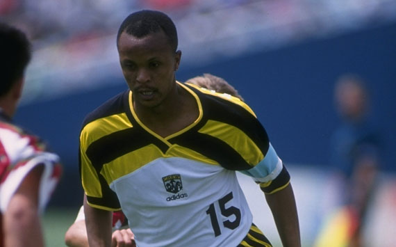 South Africa S 10 Greatest Footballers Of All Time Doctor Khumalo Goal Com