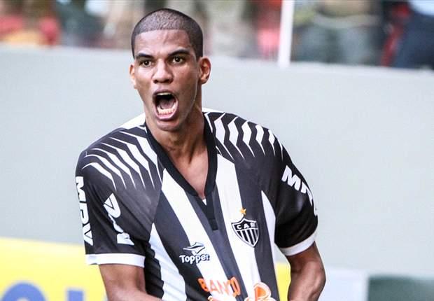 Leonardo Silva é punido com dois jogos de suspensão